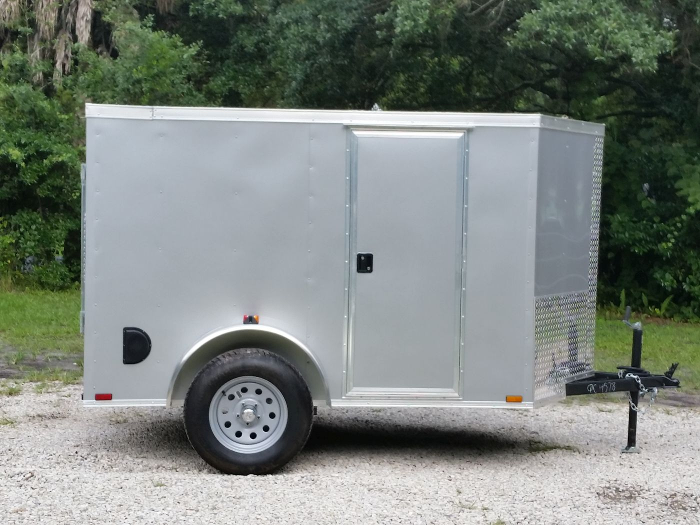 5x8 SA Trailer - Silver Frost, Ramp, Side Door, Side Vents