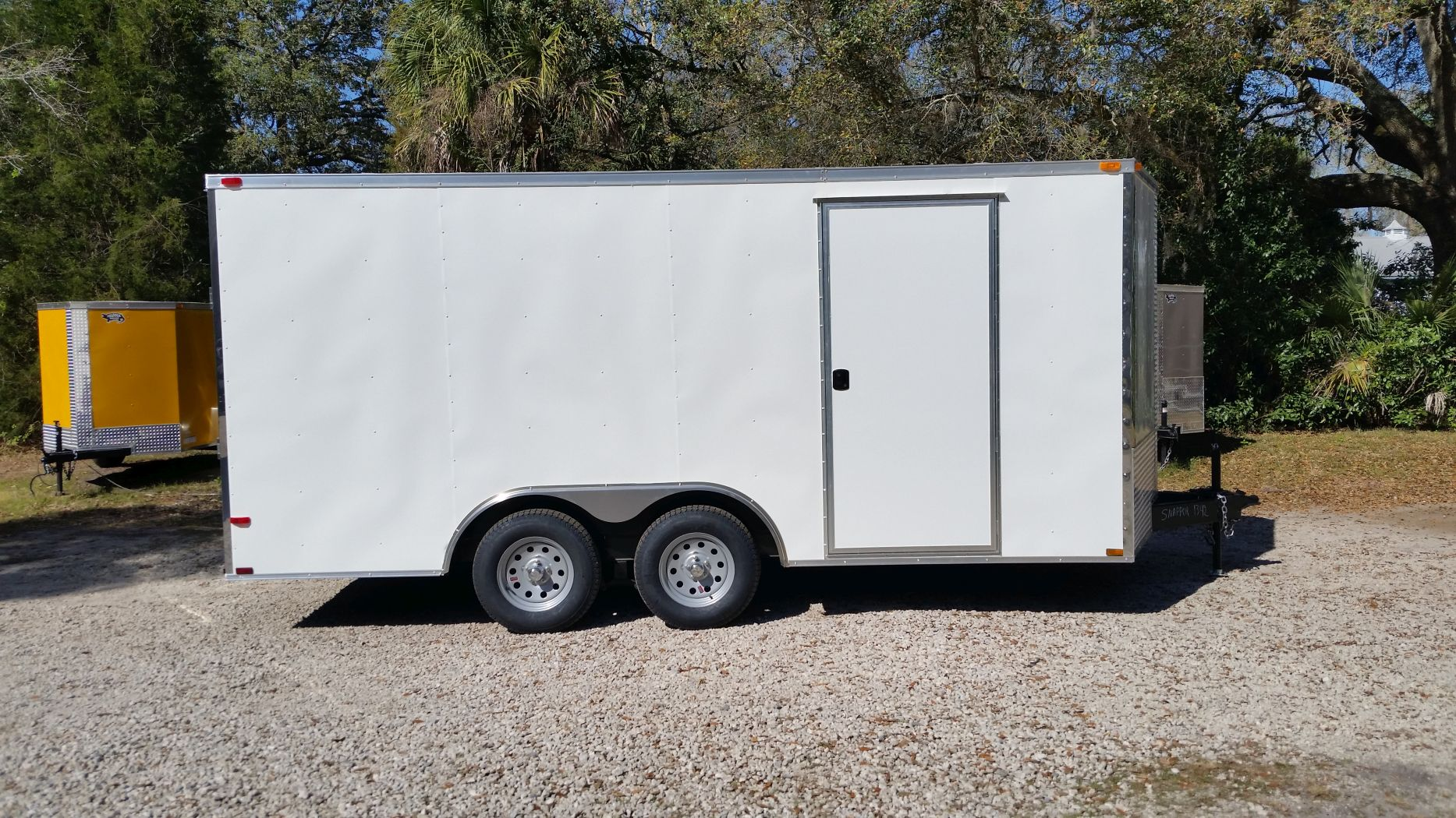 D And D Trailers >> 8 5x16 Ta Trailer White Ramp Side Door And D Rings