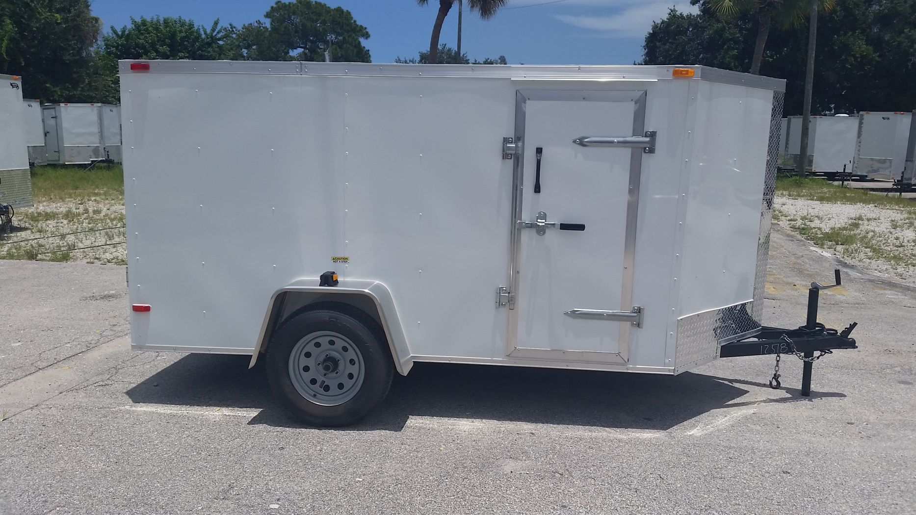 D And D Trailers >> 5x10 Sa Trailer White Ramp Side Door And D Rings